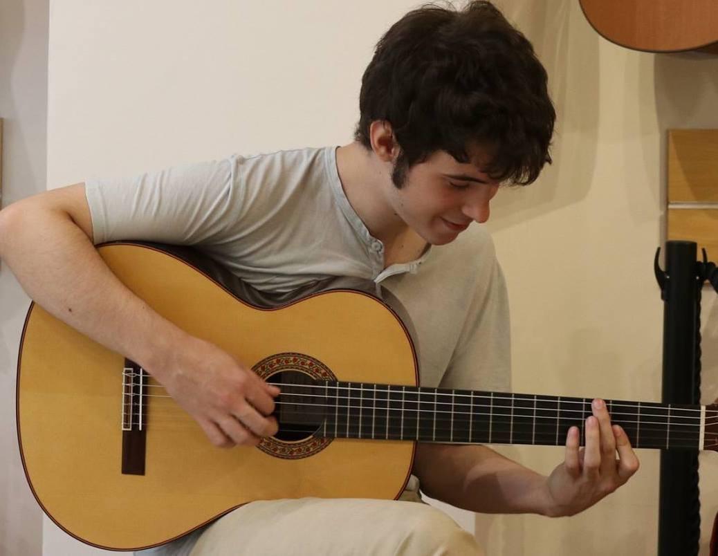 Profesor de guitarra Jorge Martinez