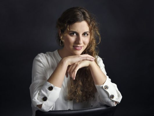 Profesora de Piano Ana Paula Dominguez