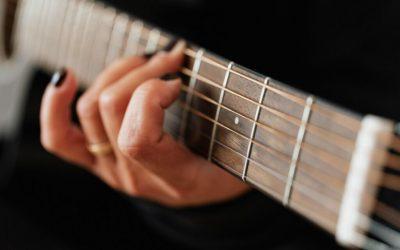 Picture showing finger guitar technique
